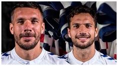 Lukas Podolski, a la izquierda, y Jesús Jiménez, a la derecha.