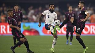Herrera lamenta la derrota ante Estados Unidos.