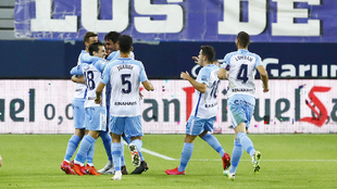 Jugadores del Málaga celebrando un gol de la temporada pasada.