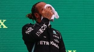 Hamilton en el podio del GP de Hungría
