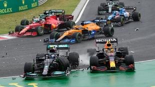 El choque en la primera vuelta de GP de Hungría