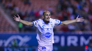 Nicolás Sosa celebra el gol del empate.