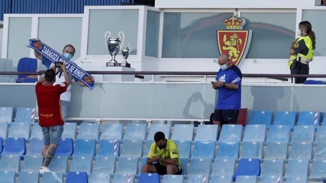 El Zaragoza, sin firma ni fondos