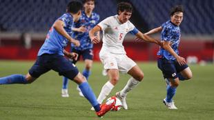 Jesús Vallejo durante el partido ante Japón.