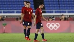 Pedri y Zubimendi tras el primer gol brasiñeño