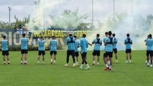 Último entrenamiento del Villarreal antes de partir el martes por la...