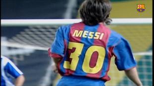 Leo Messi, el día de su debut oficial con el Barcelona.