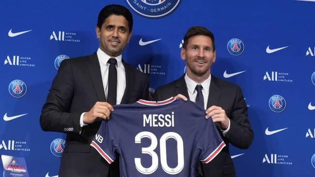 """Messi: """"Jugar con Mbappé y Neymar es una locura"""""""