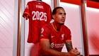 El Liverpool renueva a Van Dijk hasta 2025