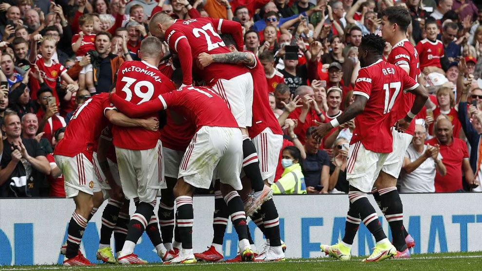 Exhibición del United con cuatro asistencias de Pogba y triplete de Bruno