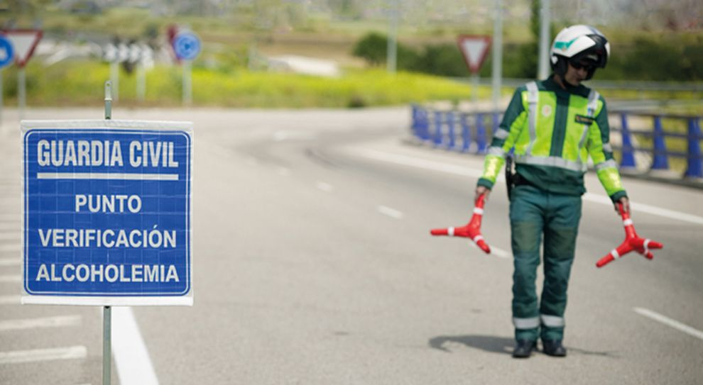 DGT - Tráfico - control de alcoholemia - control de drogas - multas - campaña vigilancia