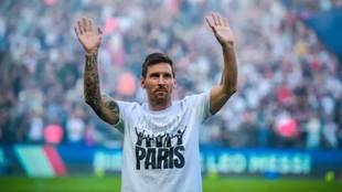 París tendrá que esperar para ver a Messi