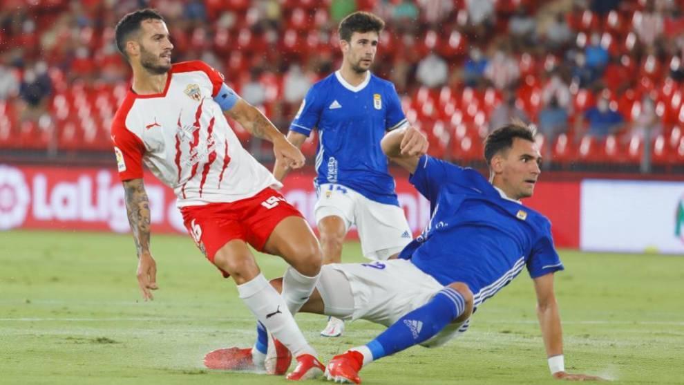 El Oviedo no crea peligro