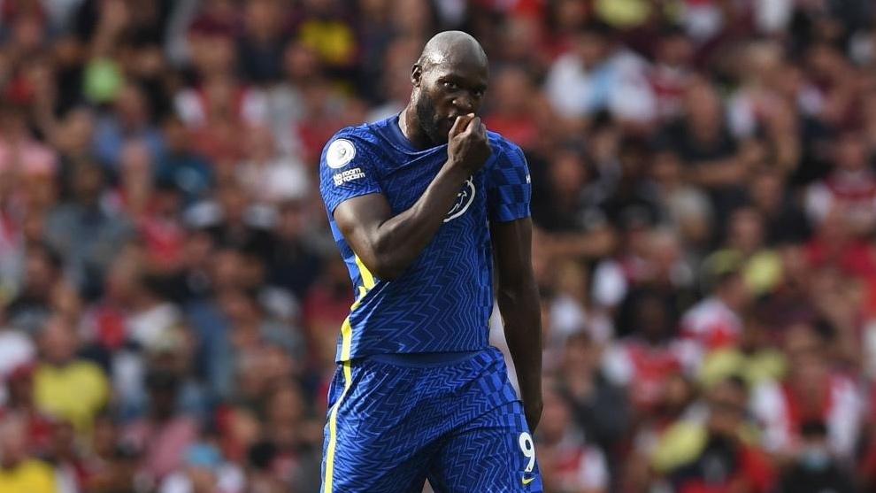 Lukaku celebrando su primer gol con el Chelsea.