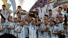 Argentina levantando la copa de campeón en la Copa América.