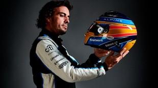 Fernando Alonso, en una imagen de estudio con Alpine.