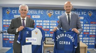 Miquel Parellada, director general de Cerba (izquierda) y Esteve...