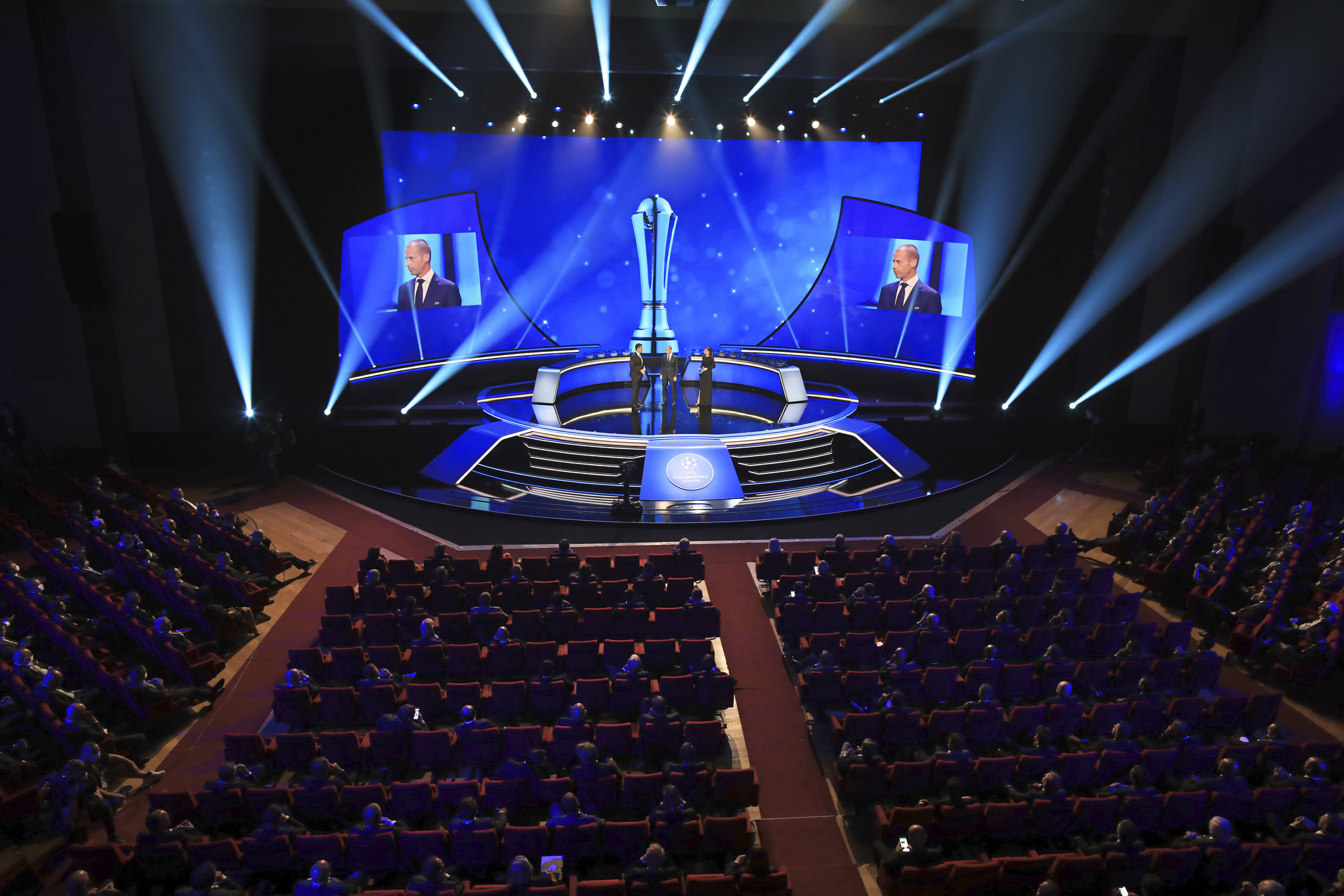UEFA President Aleksander Ceferin, center, speaks during the soccer lt; HIT gt; Champions lt; / HIT gt; League draw in Istanbul, Turkey, Thursday, Aug. 26, 2021. (AP Photo / Emrah Gurel)