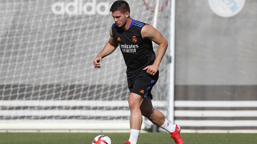 Luka Jovic en un entrenamiento del Real Madrid.