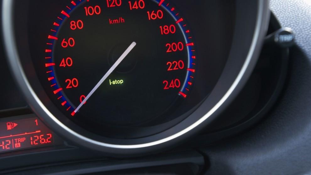Multa - DGT - Trafico - motor parado - 100 euros - Ordenanza - Ley de trafico