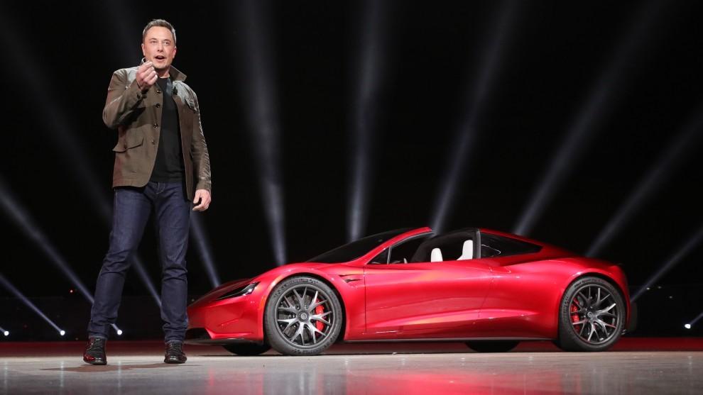 Tesla Roadster - retraso - demora - 2023 - crisis de semiconductores - crisis de microchips - Elon Musk