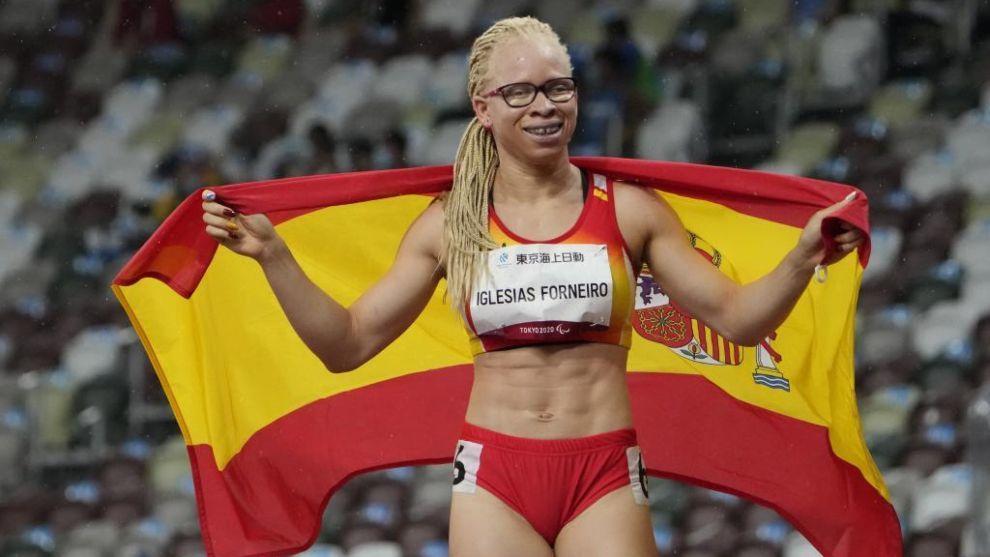 Adiaratou Iglesias, feliz tras conquistar su segunda medalla en Tokio.