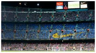 Las gradas del Camp Nou en el partido ante la Real Sociedad.