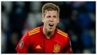 Dani Olmo celebra un gol con la selección española.