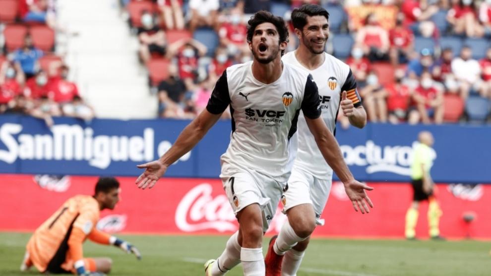 Guedes se divierte en un Valencia líder