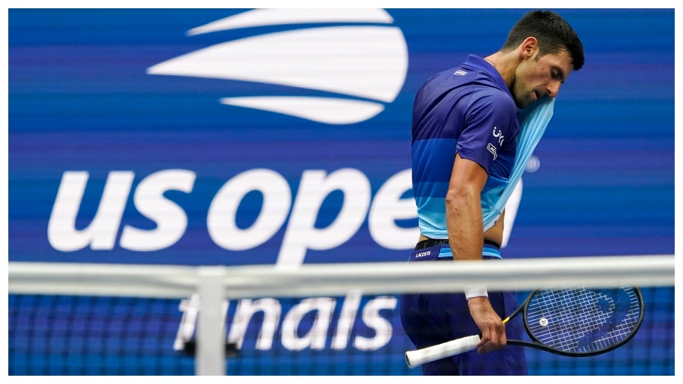 Djokovic se lamenta durante el partido