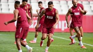 Diego Carlos, en un entrenamiento en la ciudad deportiva