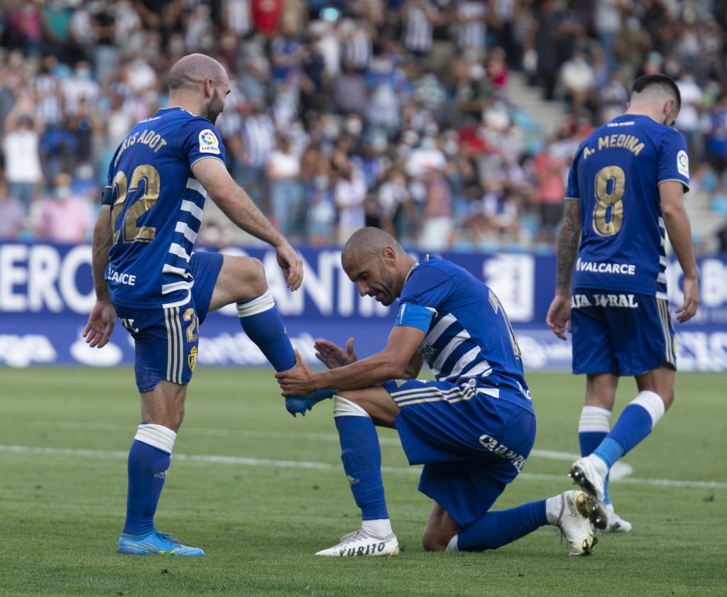 Yuri hace el gesto de limpiarle la bota a Paris Adot tras su gol al Almería
