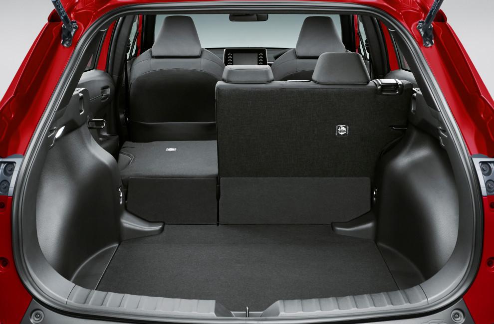 El maletero del Toyota Corolla Cross tiene un volumen de 487 litros.