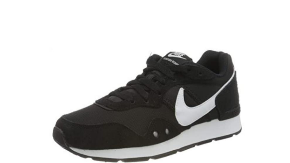 Unas zapatillas Nike, una funda con teclado para el iPad, un pack de Old Spice, los Airpods al 28% y otros chollos de Amazon