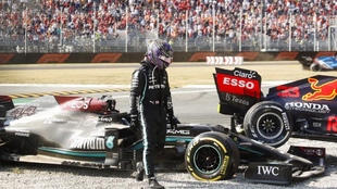 Lewis Hamilton después del accidente en Monza