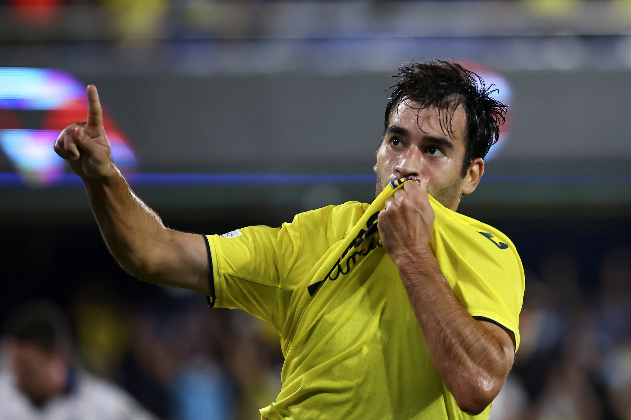 Trigueros celebrando el gol contra el Atalanta.