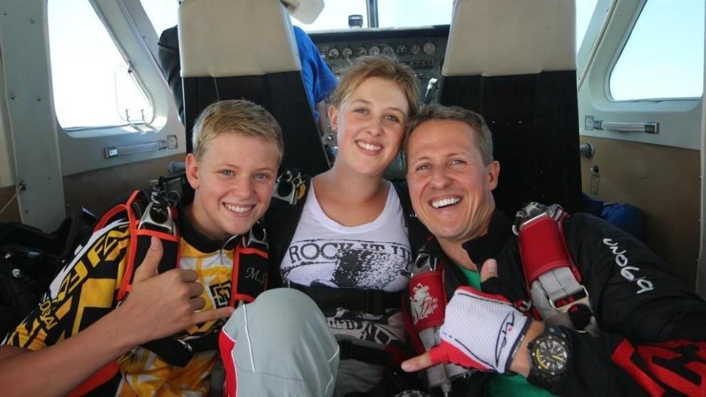 Michael, Mick y Gina, durante una imagen de sus vacaciones.