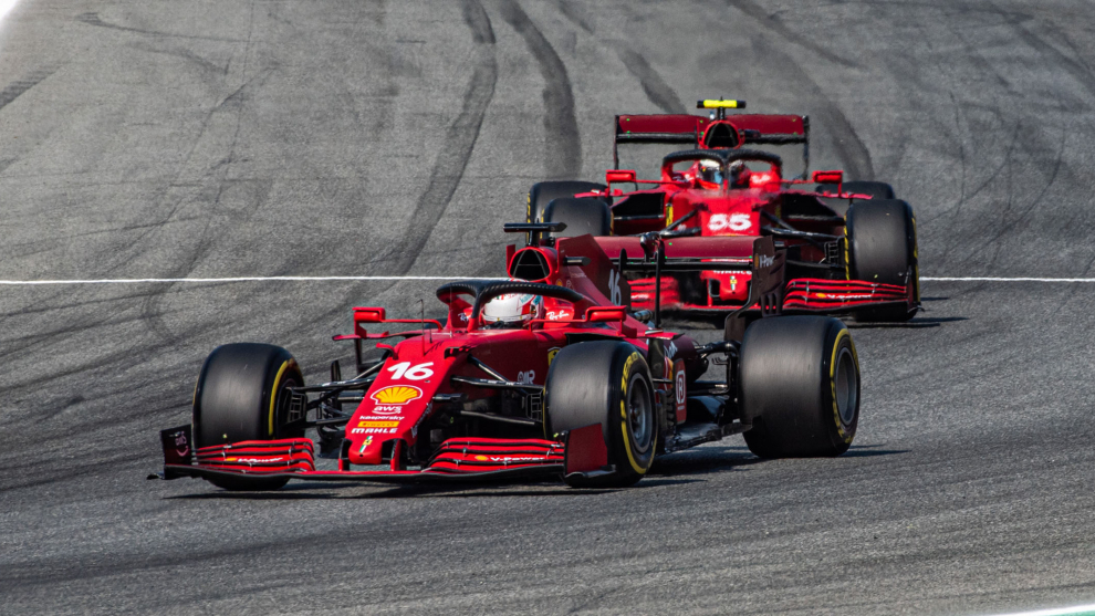 Charles Leclerc y Carlos Sainz, en Monza.