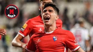 Fran Navarro celebra un gol con el Gil Vicente.