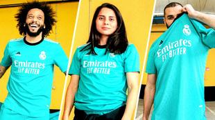Marcelo, Kenti Robles y Benzema posan con la nueva camiseta del Madrid