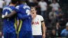 Kane se lamenta mientras los jugadores del Chelsea celebran uno de los...