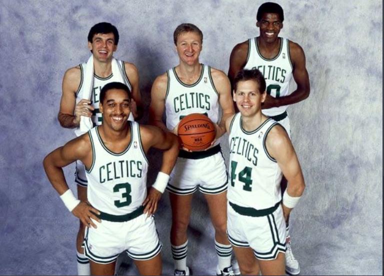 los míticos Celtics de los 80: McHale, Bird y Parish arriba, y Dennis Johnson y Danny Ainge, debajo.