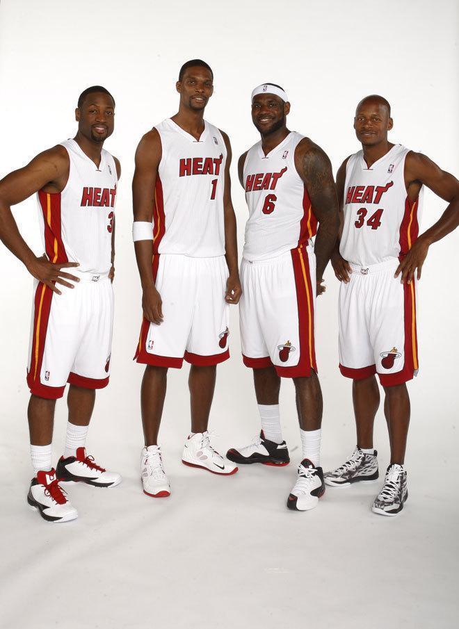 Dwyane Wade, Chris Bosh, LeBron James y Ray Allen, el 'Big Four' de los Heat.