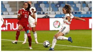 Encuentro de selecciones femeninas entre Hungría y España.