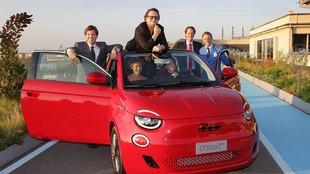 Fiat (500) RED - Bono - Lignotto - John Elkann - presentación -...