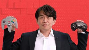 Yoshiaki Koizumi en una imagen impensable hace unos años