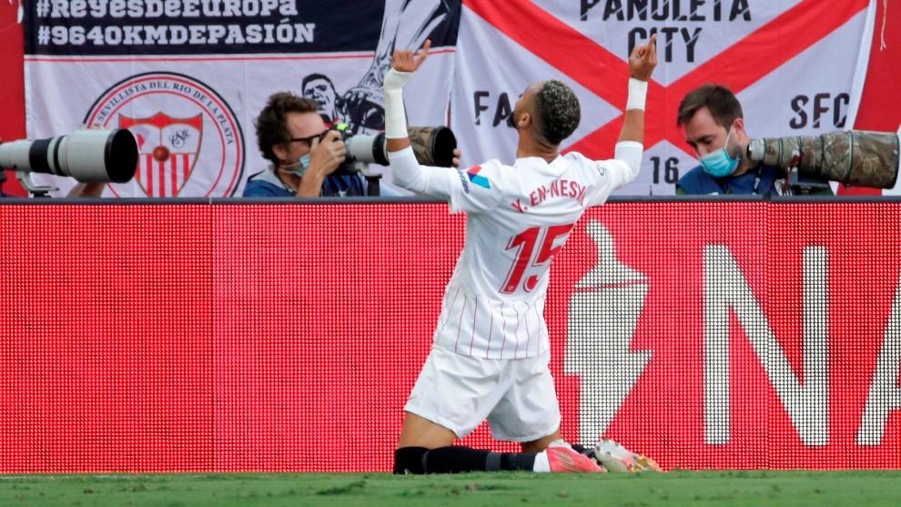 En-Nesyri celebra el 1-0 frente al Espanyol.