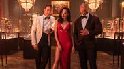 'Alerta Roja': Gal Gadot apaliza a Ryan Reynolds y Dwayne Johnson en lo nuevo de Netflix