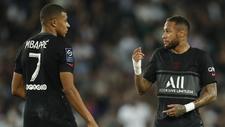 Kylian Mbappé y Neymar en un juego del PSG.