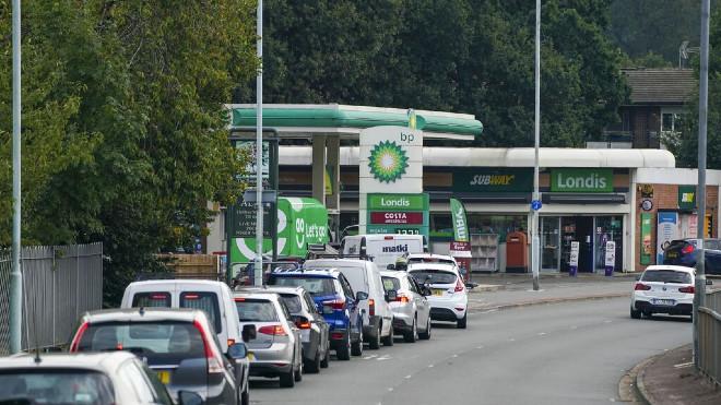 Gasolina - Reino Unido - Gasolineras - Crisis - Desabastecimiento - Colas
